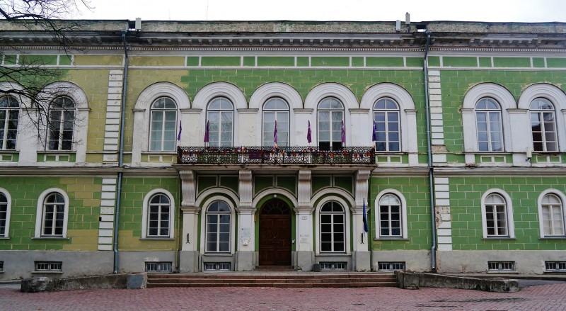 1920px-Tallinn_Domberg_7.jpg