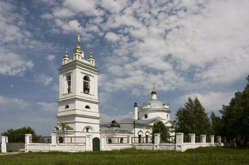 KRAM-KAZANSKOI-IKONY-BOZIEI-MATERI-V-KONSTANTINOVO..jpg