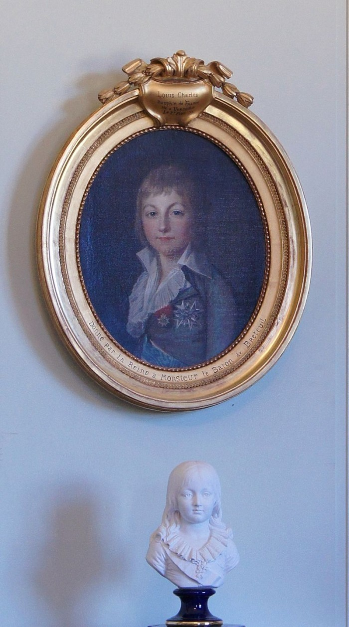 Louis_XVII_tableau_buste_chateau_de_Breteuil.jpg