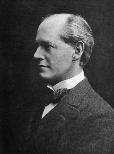 Portrait_of_John_Galsworthy.jpg