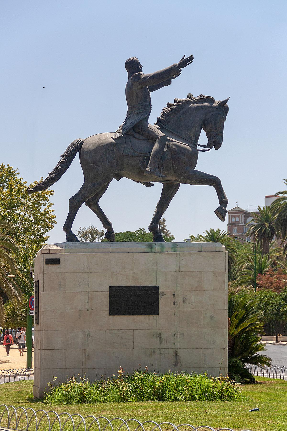 Monumento-a-Simon-Bolivar.jpg