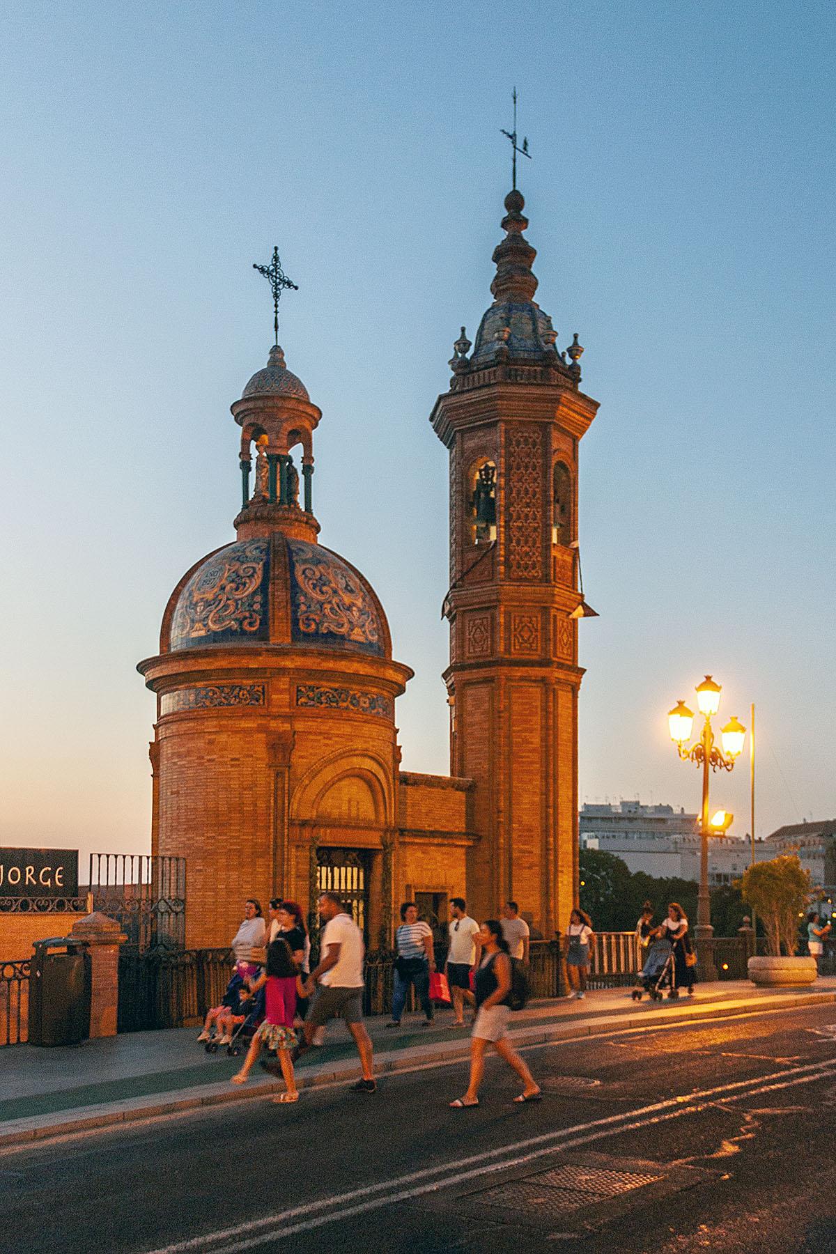 CASOVNY-BOGOMATERI-KARMELSKOI-Capilla-Virgen-del-Carmen-2.jpg