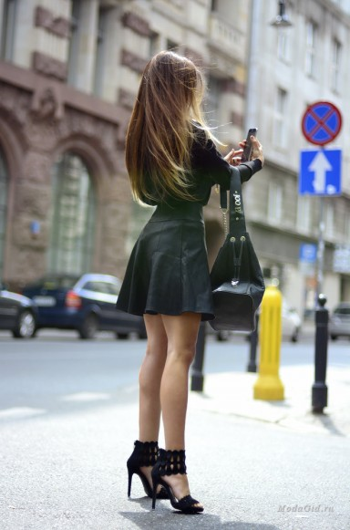 large_czarna-spodniczka-stylizacje.jpg